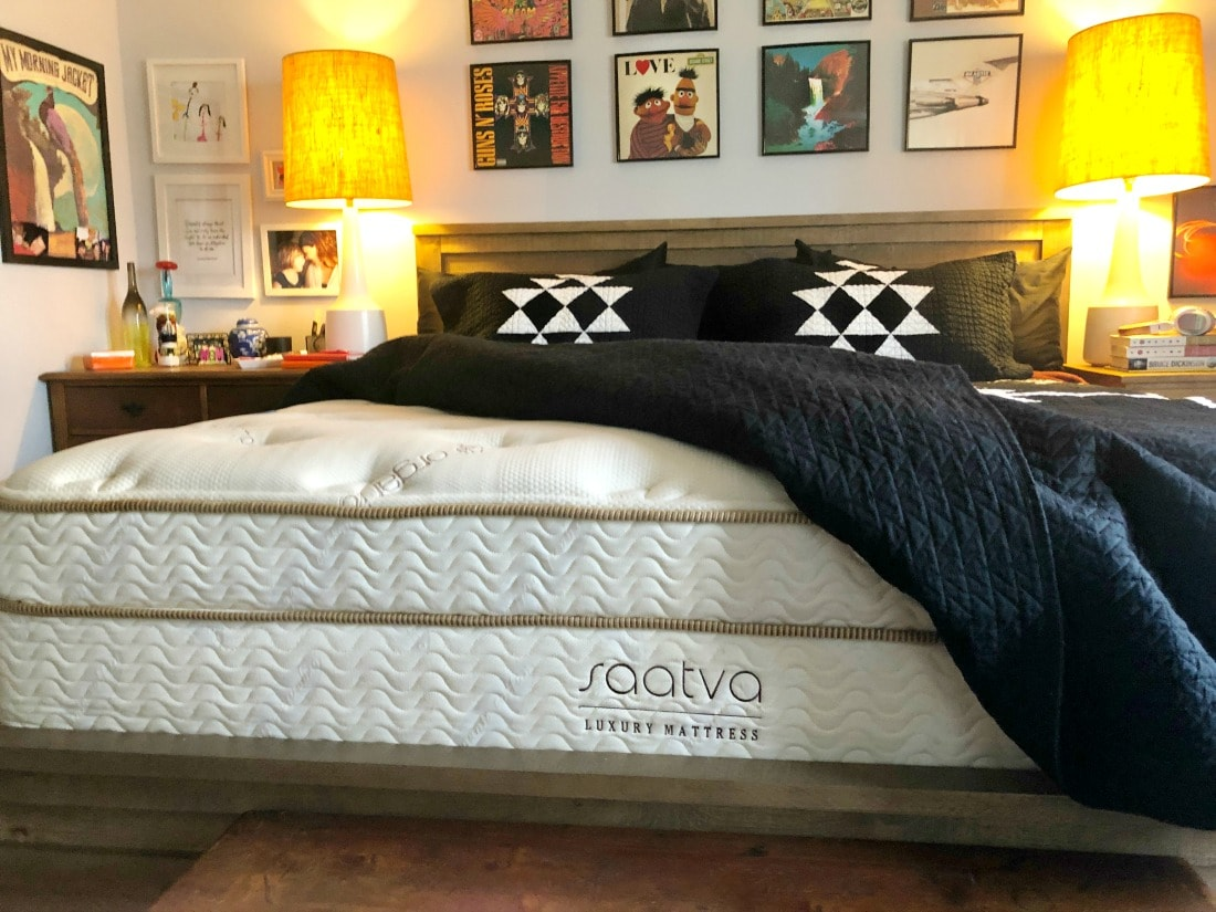honest saatva mattress review by wardrobe oxygen
