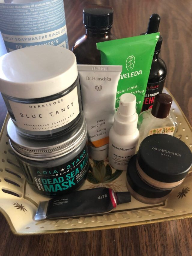 the clean beauty products Amanda Miska uses for her beauty routine as told to Wardrobe Oxygen
