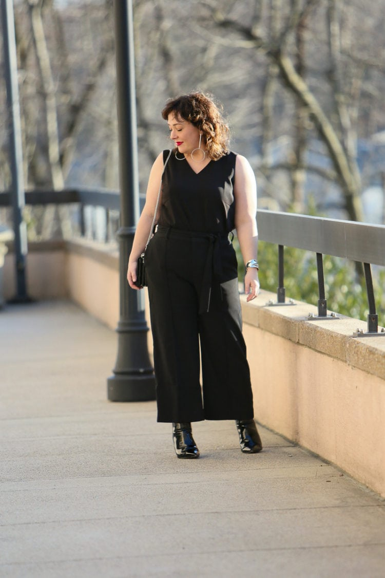 Wardrobe Oxygen in Chico's Black Label Collection Shell and Wide Leg Cropped Pants