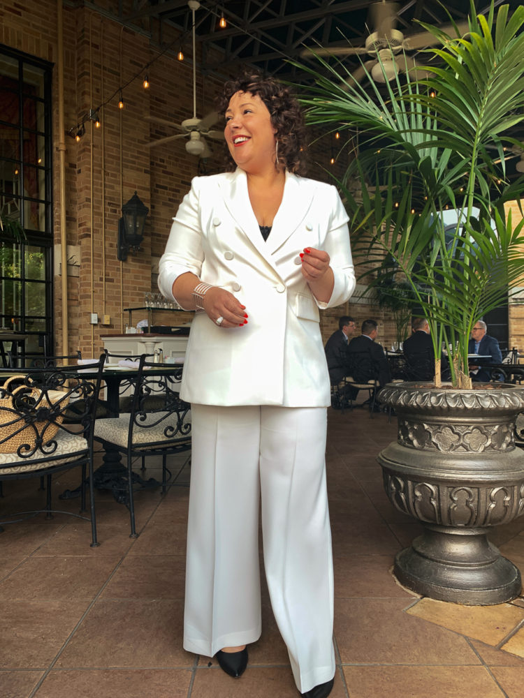 Wardrobe Oxygen in a white double breasted pantsuit by Zara