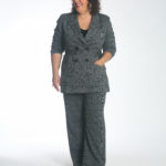 Wardrobe Oxygen wearing the cabi Bond Blazer and Bond Trousers