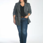 Wardrobe Oxygen in the cabi Bond Blazer unbuttoned over the Reveal tee and Tuxedo High Straight jeans