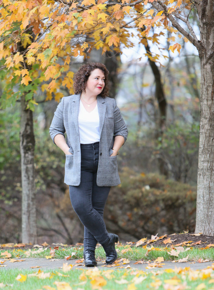 A review of the Everlane Oversized Double-Breasted Blazer and how it fits a size 14 petite woman