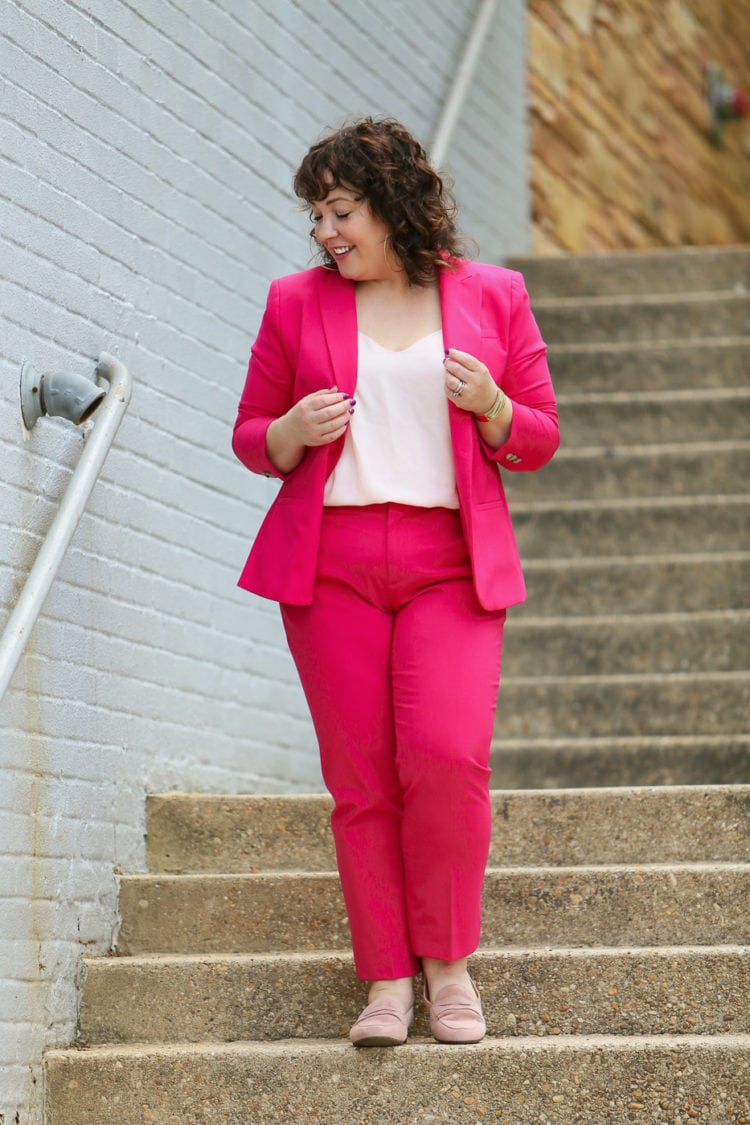 best suiting for curvy women banana republic review