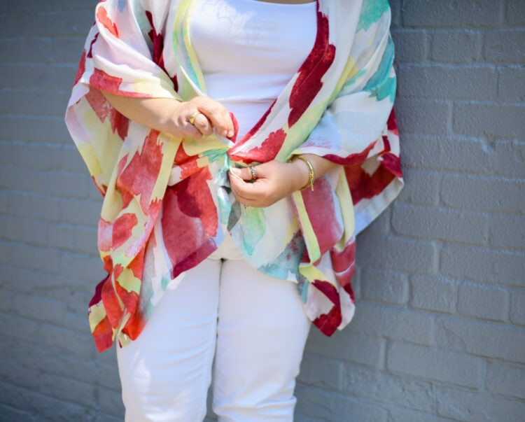 how to tie a summer ruana to create a different look