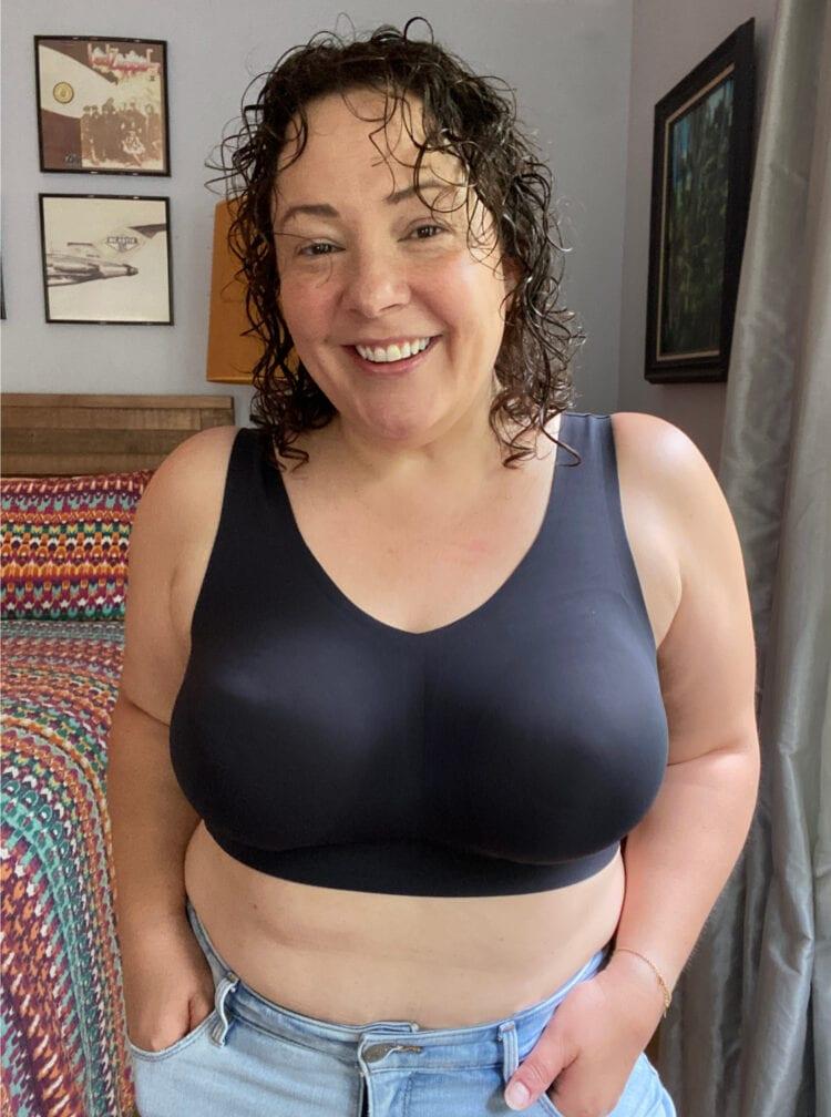 Alison in the Evelyn & Bobbie Defy Bra, review on Wardrobe Oxygen